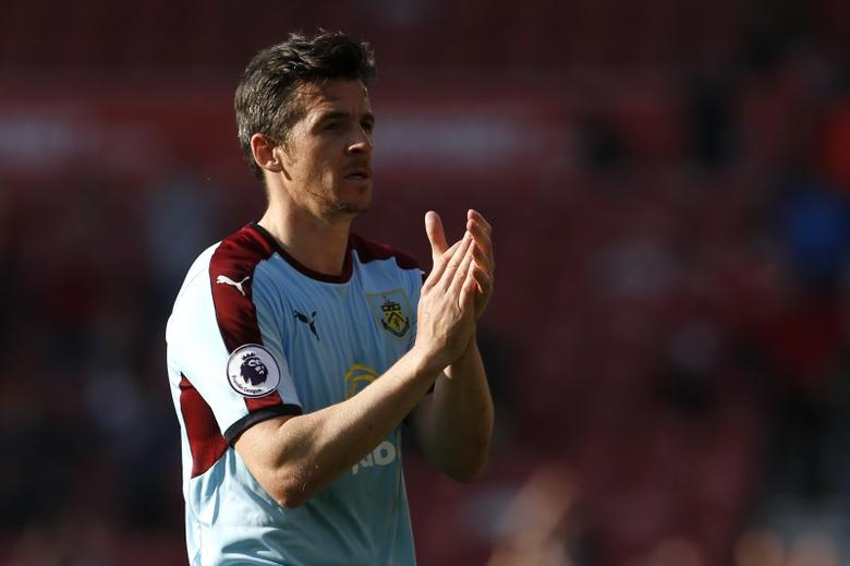 Britain Football Soccer - Middlesbrough v Burnley - Premier League - The Riverside Stadium - 8/4/17 Burnley's Joey Barton applauds the fans at the end of the match Action Images via Reuters / Craig Brough Livepic