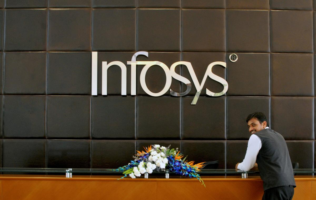 Infosys Plans To Hire 10 000 U S Workers After Trump