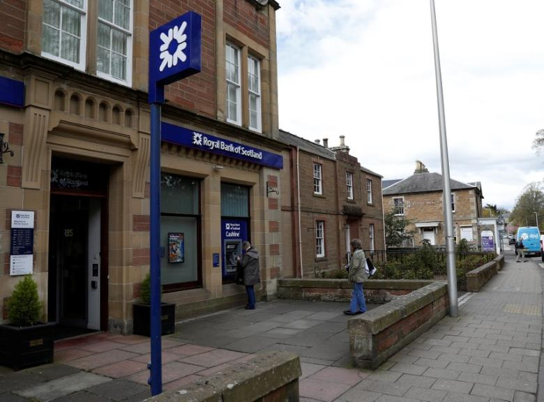 FILE PHOTO: The Royal Bank of Scotland is seen in the High Street Melrose in the Scottish Borders, Scotland, Britain April 27, 2017.  REUTERS/Russell Cheyne