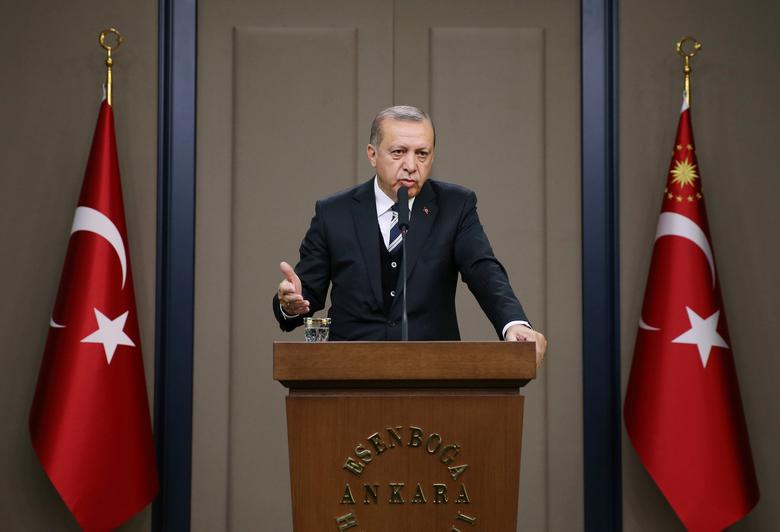 Turkish President Tayyip Erdogan speaks during a news conference at Esenboga International airport in Ankara, Turkey May 12, 2017. Murat Cetinmuhurdar/Presidential Palace/Handout via REUTERS