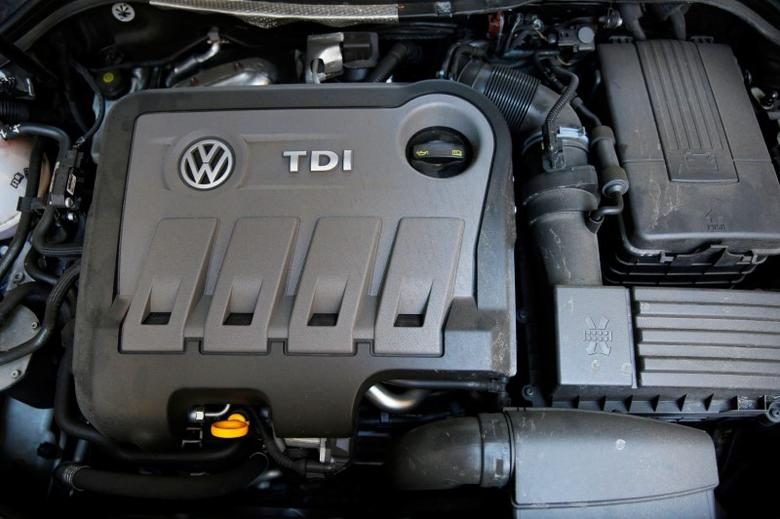 FILE PHOTO: A Volkswagen Passat TDI diesel engine is seen in central London, Britain September 30, 2015. REUTERS/Stefan Wermuth/File Photo