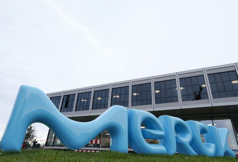A logo of drugs and chemicals group Merck KGaA is pictured in Darmstadt, Germany January 28, 2016.  REUTERS/Ralph Orlowski