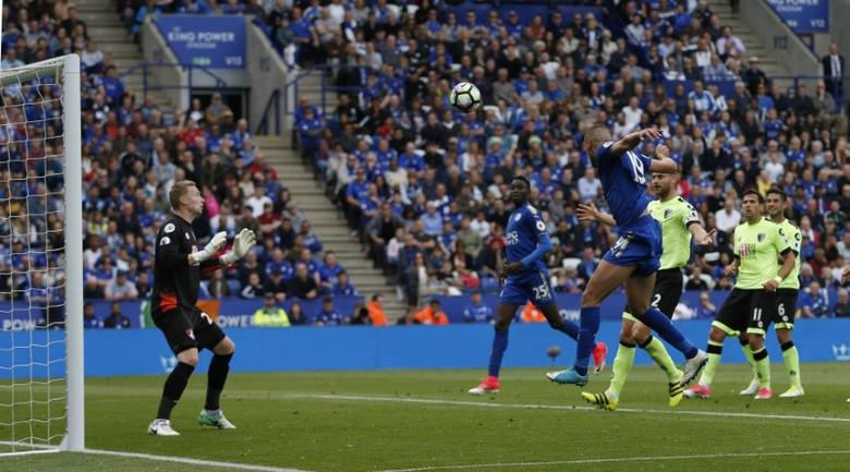 Britain Football Soccer - Leicester City v AFC Bournemouth - Premier League - King Power Stadium - 21/5/17 Leicester City's Islam Slimani misses a chance to score  Action Images via Reuters / Andrew Boyers Livepic