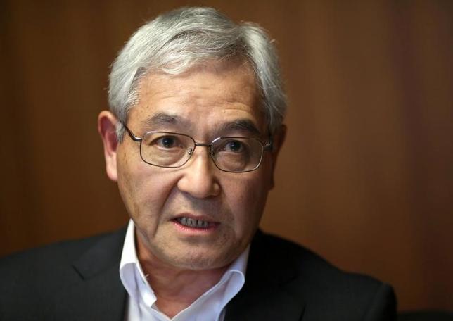 5月25日、日銀の桜井真審議委員(写真)は、佐賀市内で講演し、日本経済の需要と供給の差を示す需給ギャップが改善傾向にある中で、「短期的な需要を無理に押し上げる政策は必要ない」と述べ、さらなる政策対応に慎重な姿勢を示した。写真は都内で昨年9月撮影(2017年 ロイター/Toru Hanai)