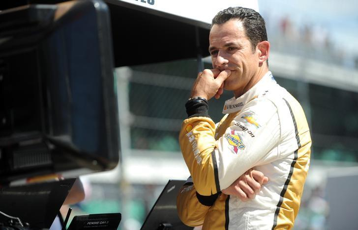 May 21, 2017; Indianapolis, IN, USA; IndyCar driver Helio Castroneves during qualifying for the 101st Running of the Indianapolis 500 at Indianapolis Motor Speedway. Mandatory Credit: Thomas J. Russo-USA TODAY Sports