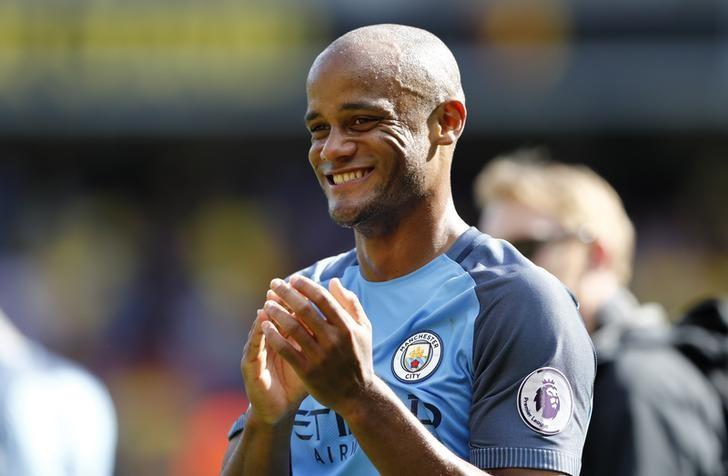Britain Football Soccer - Watford v Manchester City - Premier League - Vicarage Road - 21/5/17 Manchester City's Vincent Kompany applauds fans after the match Reuters / Stefan Wermuth/ Livepic/ Files