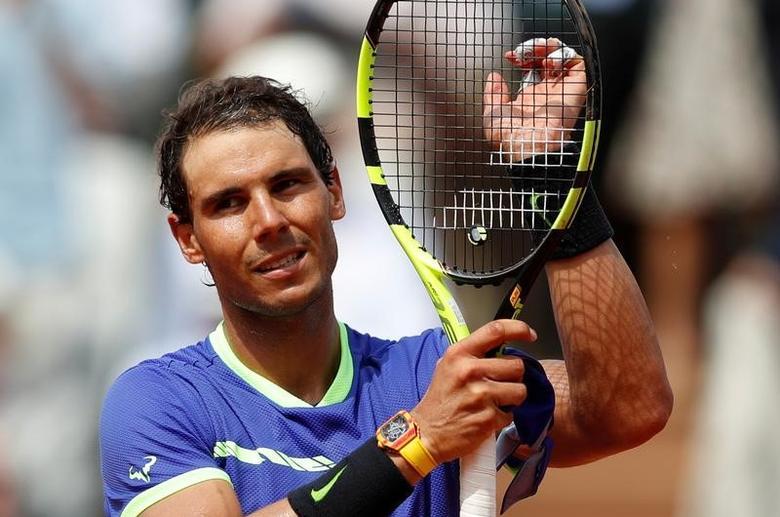 Tennis - French Open - Roland Garros, Paris, France - 29/5/17 Spain's Rafael Nadal celebrates winning his first round match against France's Benoit Paire Reuters / Christian Hartmann