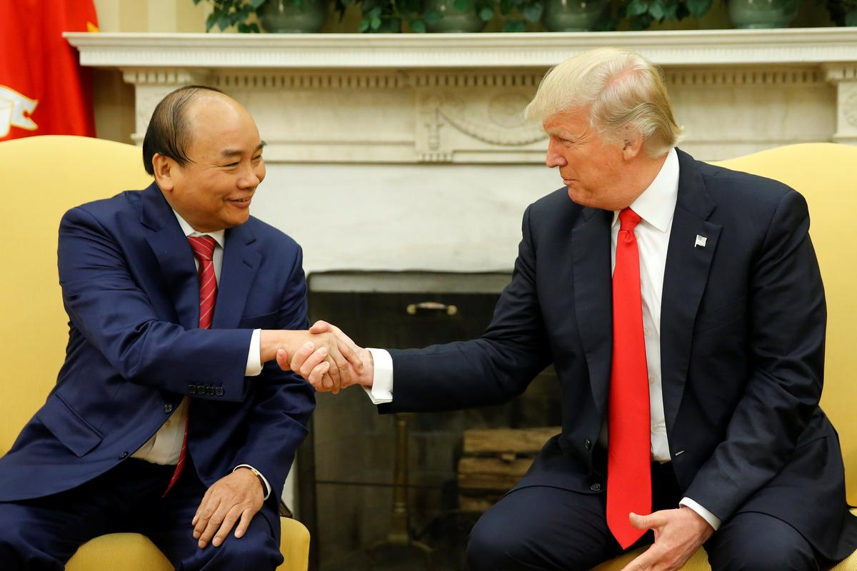 Image result for Trump hails $20 billion in Boeing orders by Vietnam