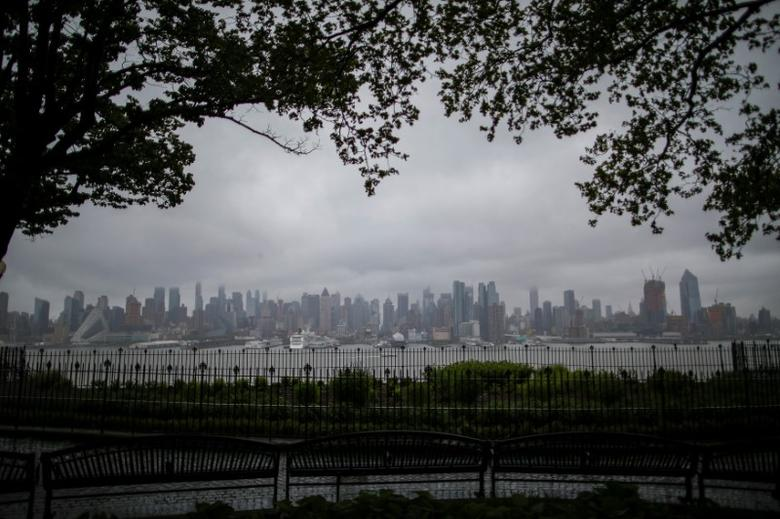 The skyline of Manhattan in New York is seen during a rainy day from Weehawken, New Jersey, U.S., May 13, 2017. REUTERS/Eduardo Munoz