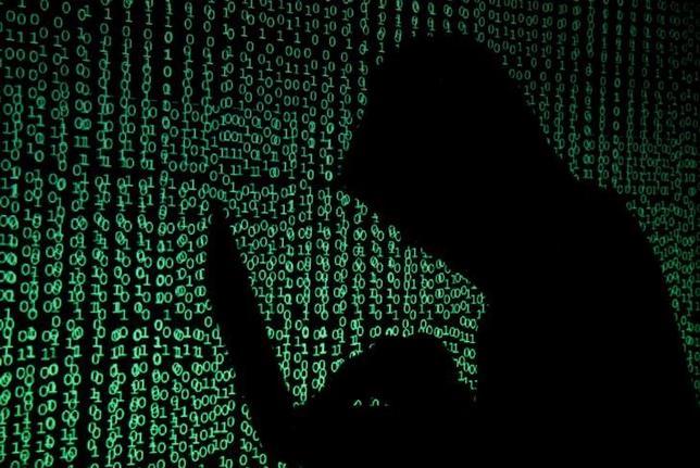 6月7日、ロシアの米大統領選関与疑惑を巡る捜査で、ロシアが有権者登録や投票手続きを担当する米地方当局者を標的にしたハッカー攻撃を行っていたことが、情報当局の機密文書から判明した。イメージ写真、5月撮影(2017年 ロイター/Kacper Pempel)
