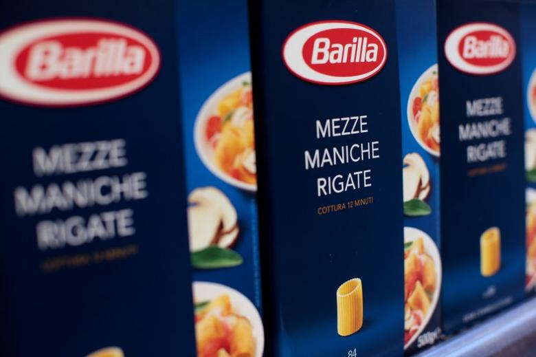 FILE PHOTO: Packs of Barilla pasta are seen in a supermarket in Rome, Italy, September 27, 2013. REUTERS/Tony Gentile/File Photo