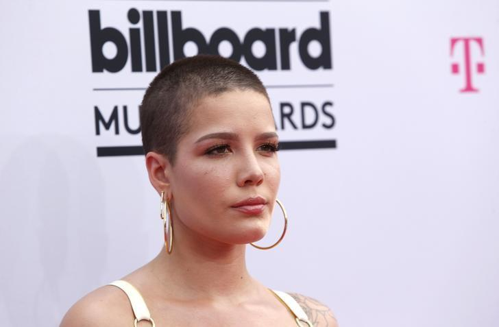 2017 Billboard Music Awards – Arrivals - Las Vegas, Nevada, U.S., 21/05/2017 - Singer Halsey. REUTERS/Steve Marcus/Files