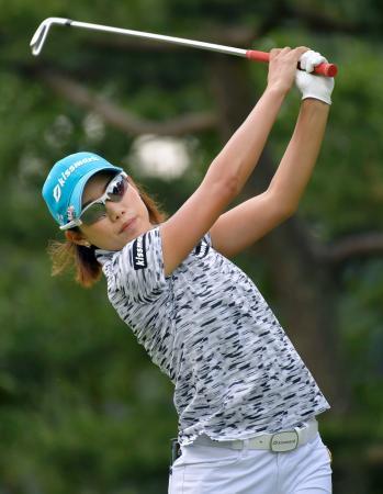 女子ゴルフ、未勝利の山田が首位