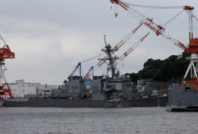 The Arleigh Burke-class guided-missile destroyer USS Fitzgerald, damaged by colliding with a Philippine-flagged merchant vessel, is seen at the U.S. naval base in Yokosuka, south of Tokyo, Japan June 18, 2017. REUTERS/Toru Hanai