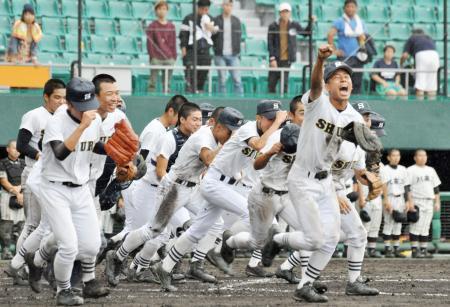 沖縄地方大会、首里が2回戦へ