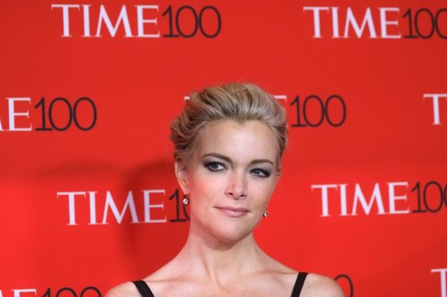 FILE PHOTO: TV host Megyn Kelly arrives for the Time 100 Gala in the Manhattan borough of New York, New York, U.S. April 25, 2017.  REUTERS/Carlo Allegri