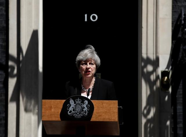 Prime Minister, Theresa May, speaks outside 10 Downing Street, following the attack at Finsury Park Mosque, in central London, Britain June 19, 2017.  REUTERS/Stefan Wermuth