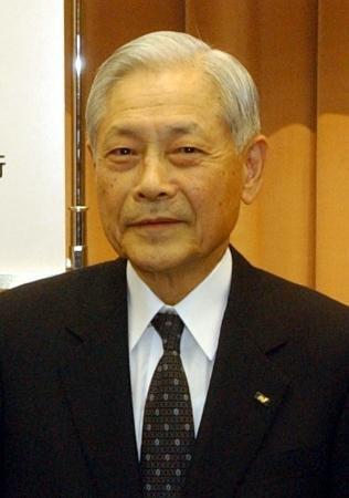 西日本シティ銀の新藤恒男氏死去