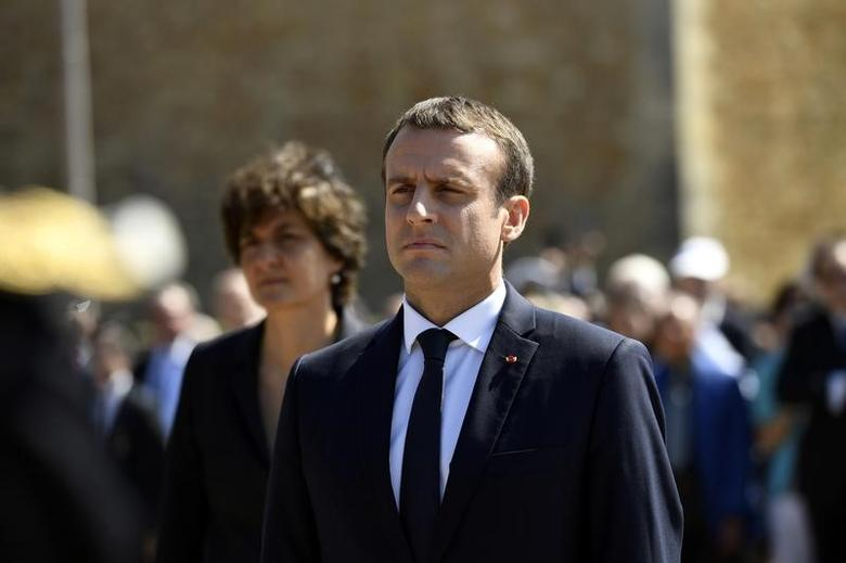 French President Emmanuel Macron attends a ceremony marking the 77th anniversary of late French General Charles de Gaulle's resistance call of June 18, 1940, at the Mont Valerien memorial in Suresnes, near Paris, France, June 18, 2017.  REUTERS/Bertrand Guay/Pool