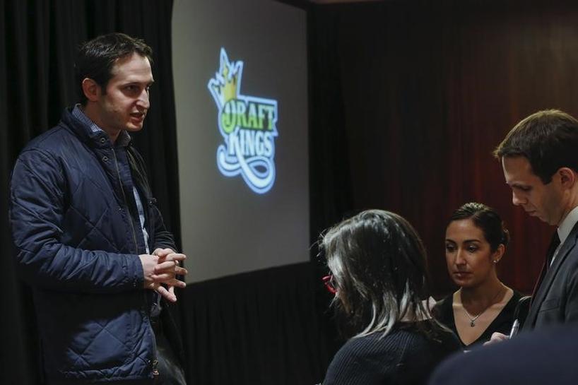 U.S. to seek to block DraftKings, FanDuel fantasy sports merger