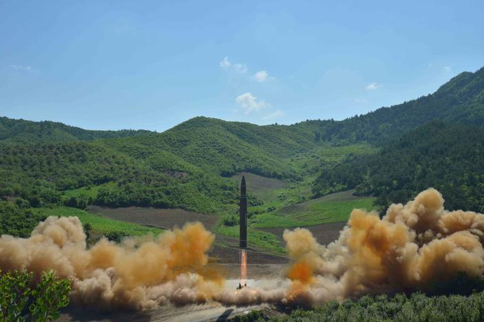 Capacidade dos EUA para se defender de mísseis da Coreia do Norte desperta controvérsia