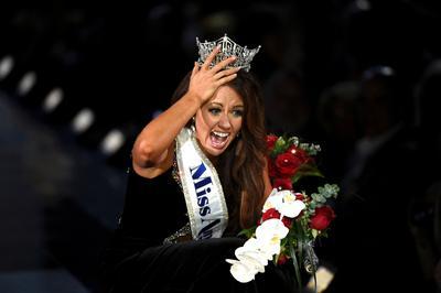 Miss North Dakota wins Miss America