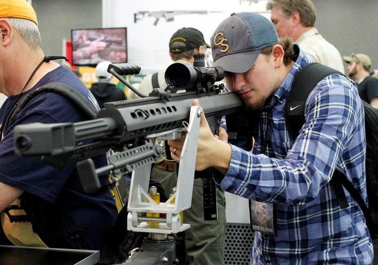 全米ライフル協会、銃乱射事件で使われた連射装置の規制に合意 | jp ...