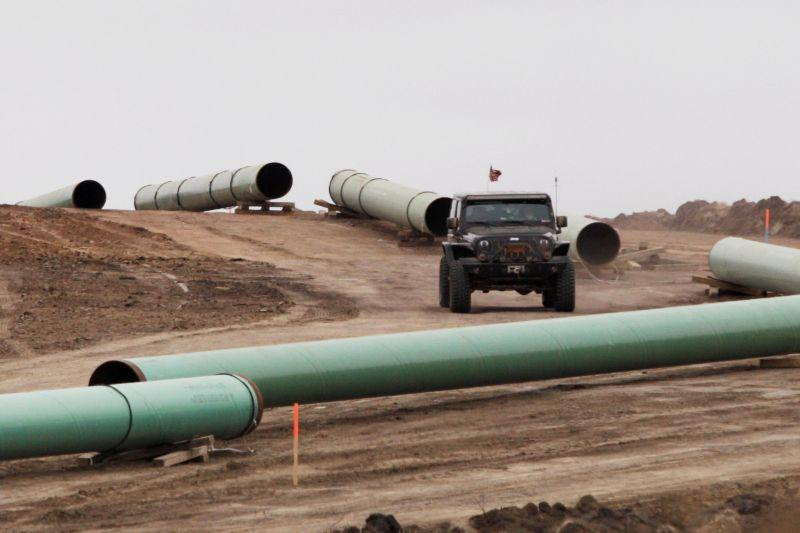 U S  oil pipeline rivals look to consolidate West Texas projects