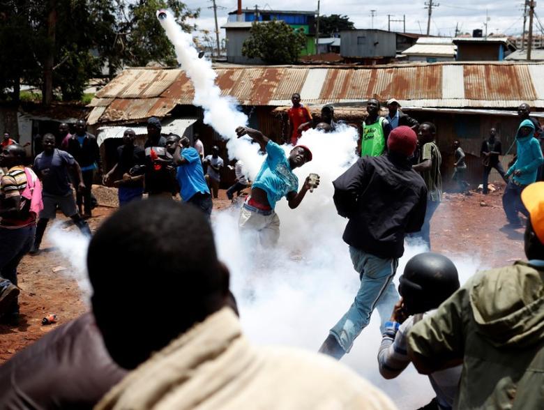 Boycott, shooting and tear gas mar Kenya election...