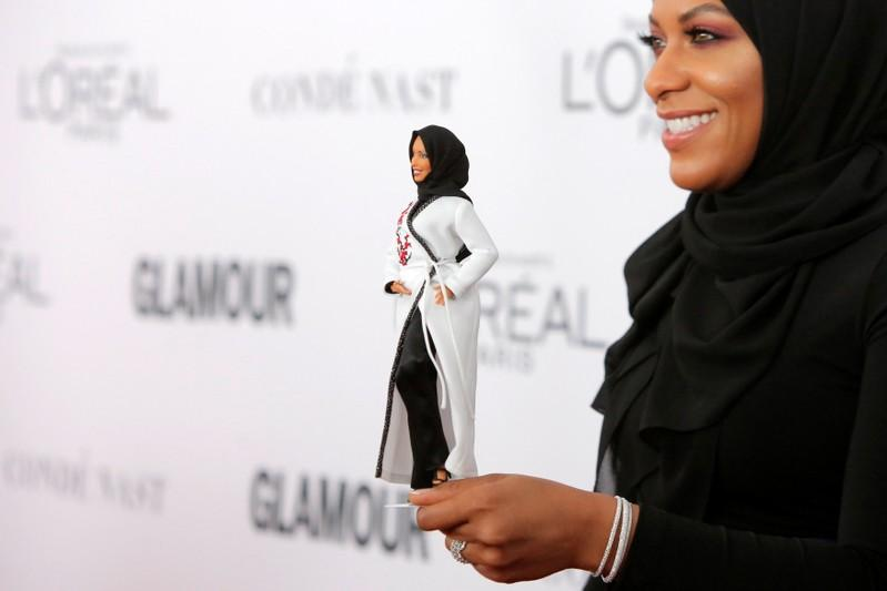 Olympian Fencer Inspires Barbies First Hijab Wearing Doll Reuters