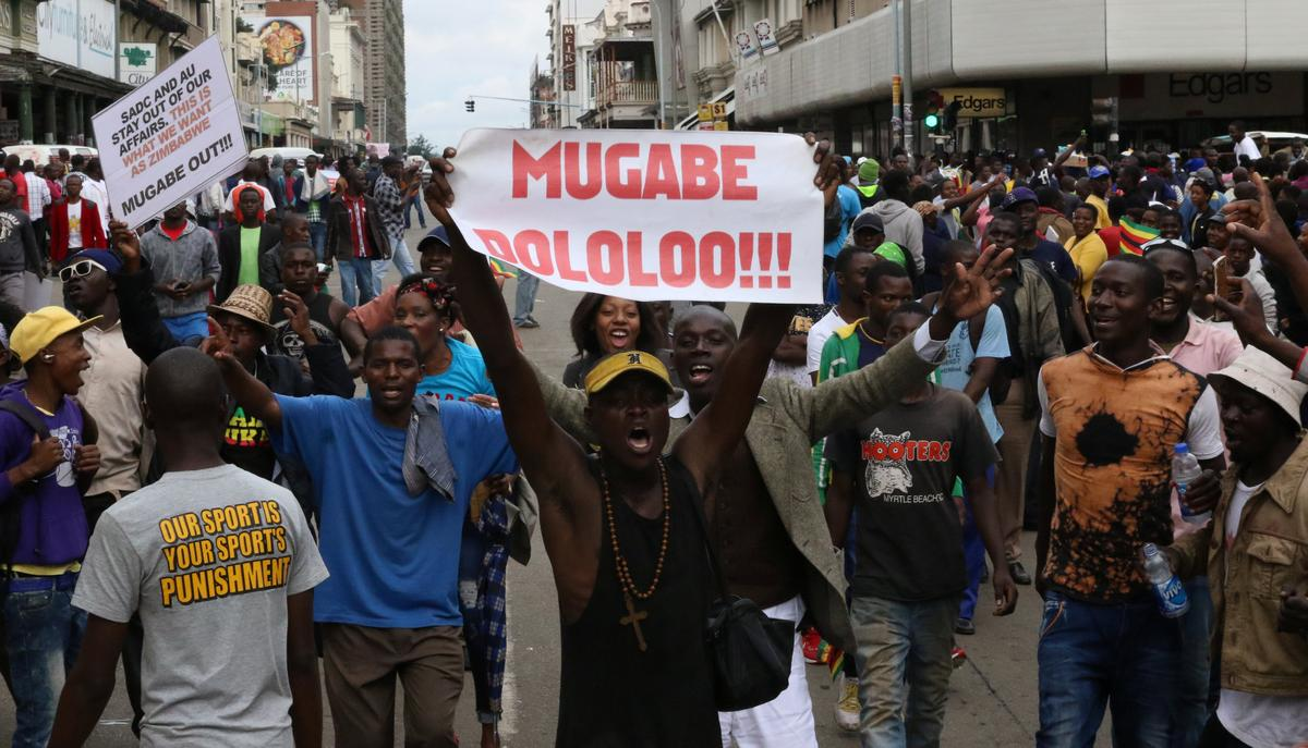 Poisoned Zimbabwe Doctor Leaves Country for Treatment