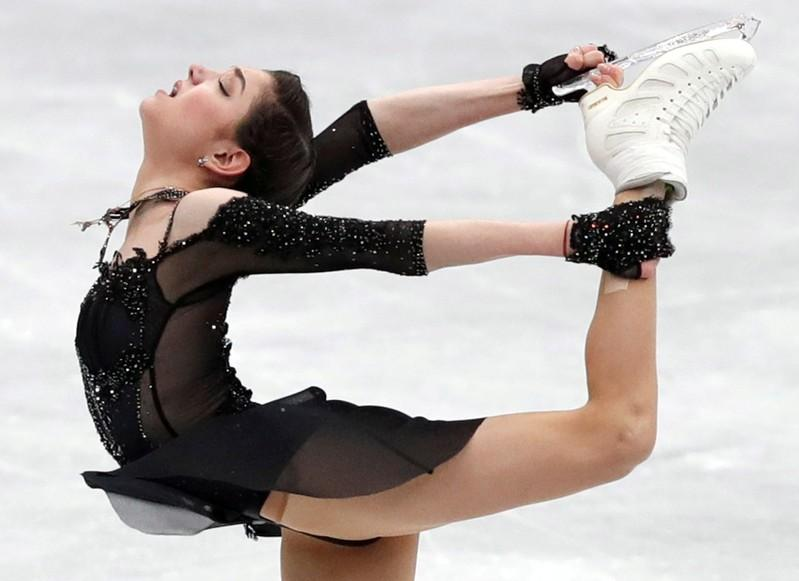 2018 favorite Medvedeva has broken foot, may miss GP Final