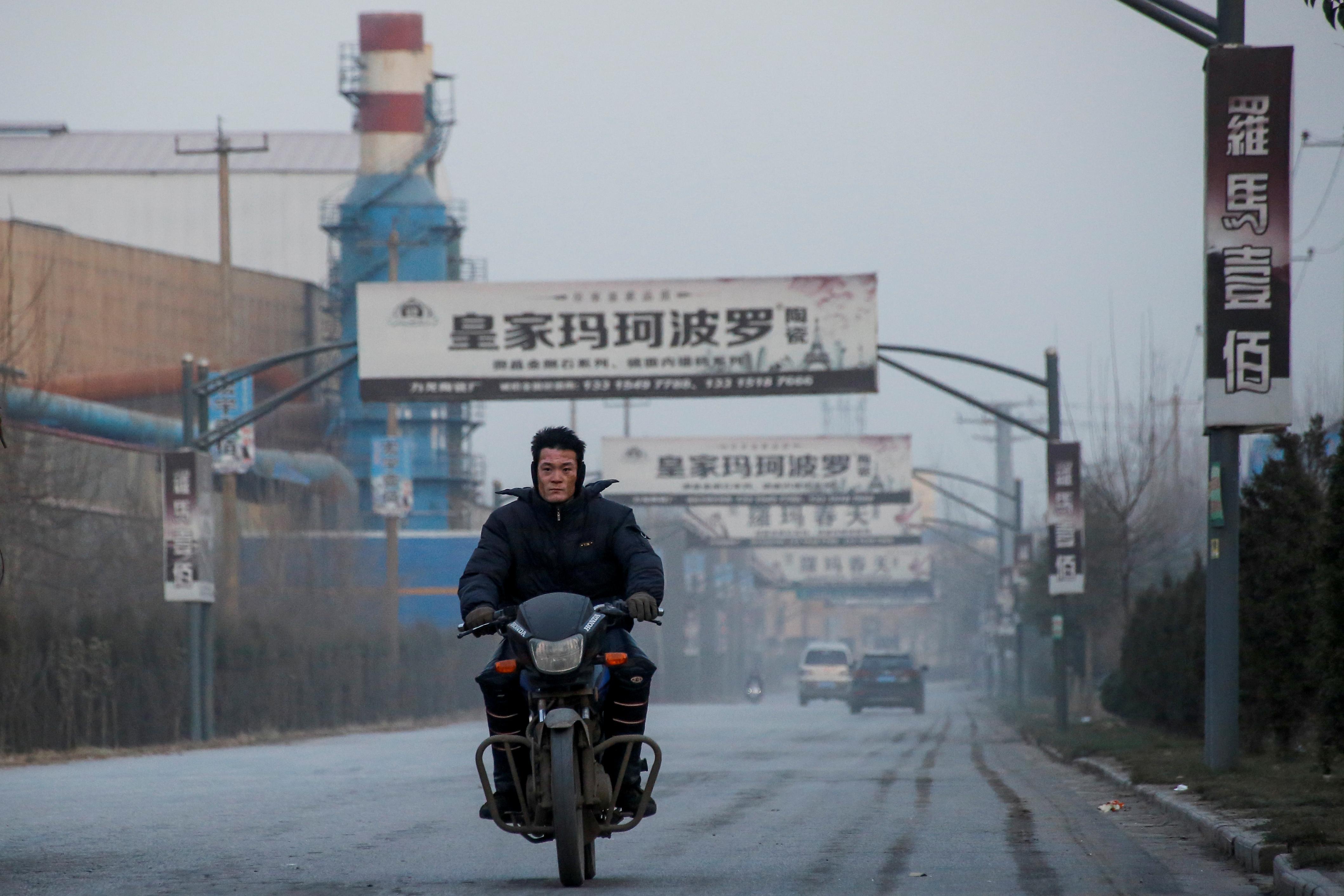 Insight: China's industrial heartland struggles in Beijing ...