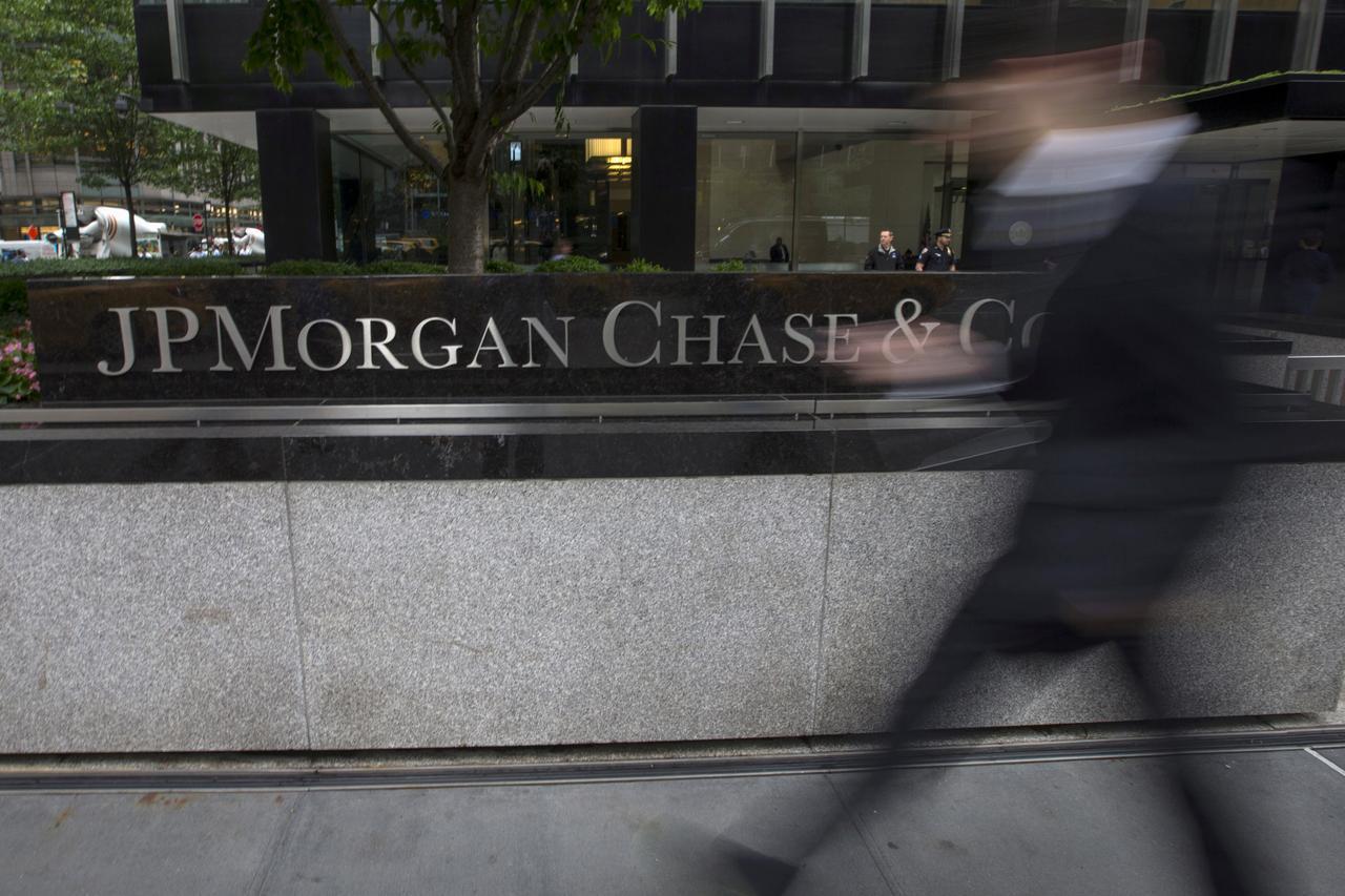 JPMorgan pays $2 8 million fine over improper safeguards for