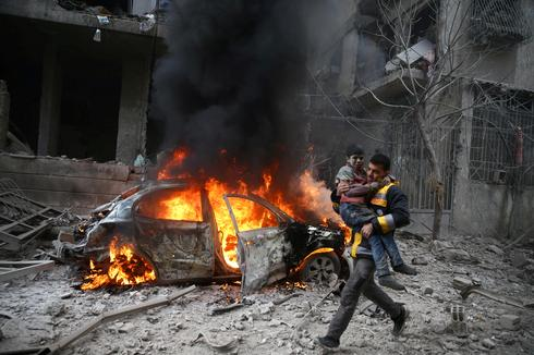 Air strikes in rebel-held Damascus
