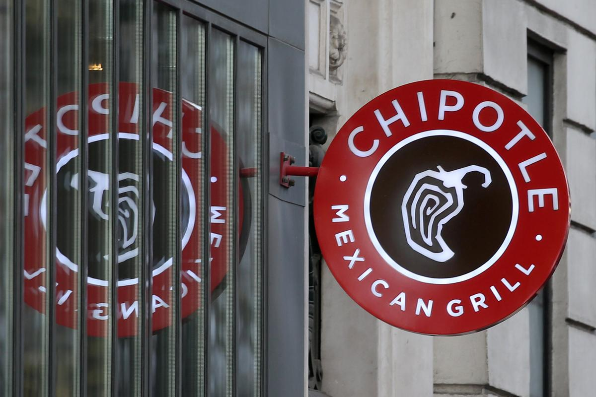 Chipotle Mexican names Taco Bell chief Brian Niccol CEO
