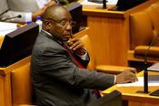 Factbox: ปัญหาใหญ่ที่ต้องเผชิญกับประธานาธิบดีคนใหม่ของแอฟริกาใต้
