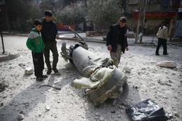 Bombs fall on Syria's Ghouta