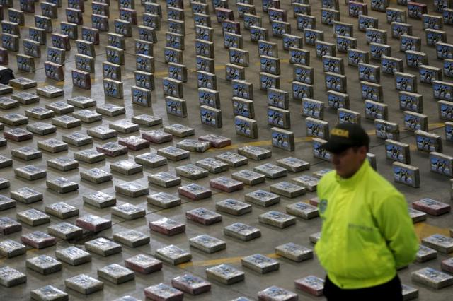 Colombia, U S  seek to halve cocaine output in five years