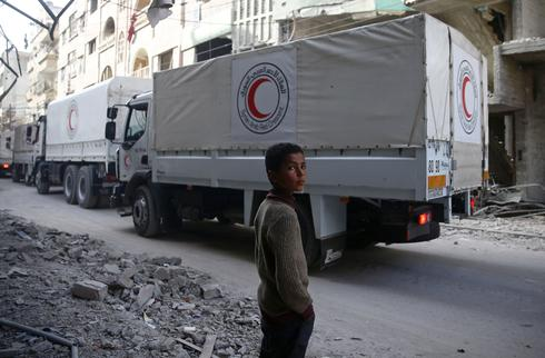 Aid convoy forced to leave Syria's Ghouta