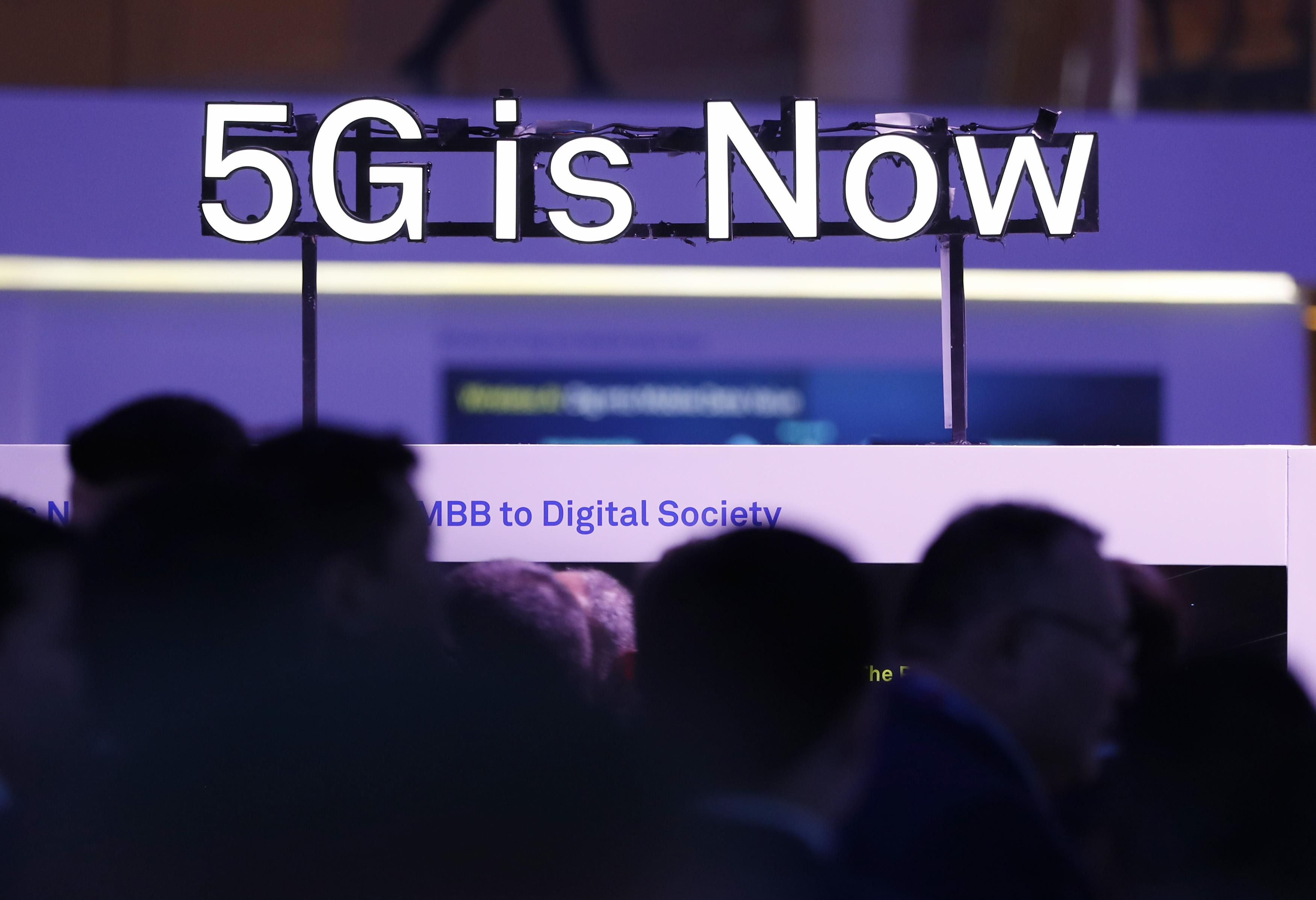 What is 5G and who are the major players? - Reuters