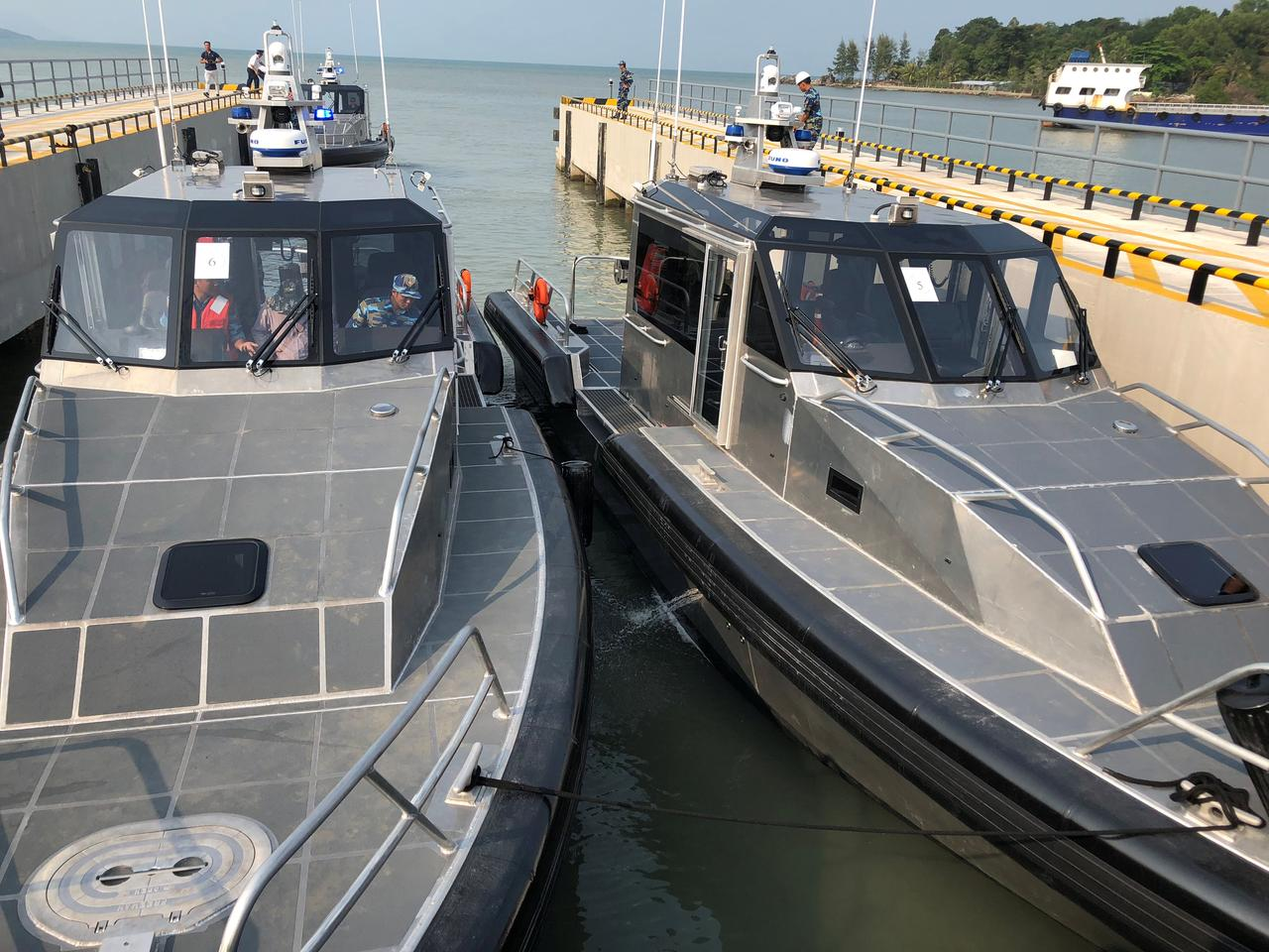 U S  delivers more patrol boats to Vietnam amid deepening