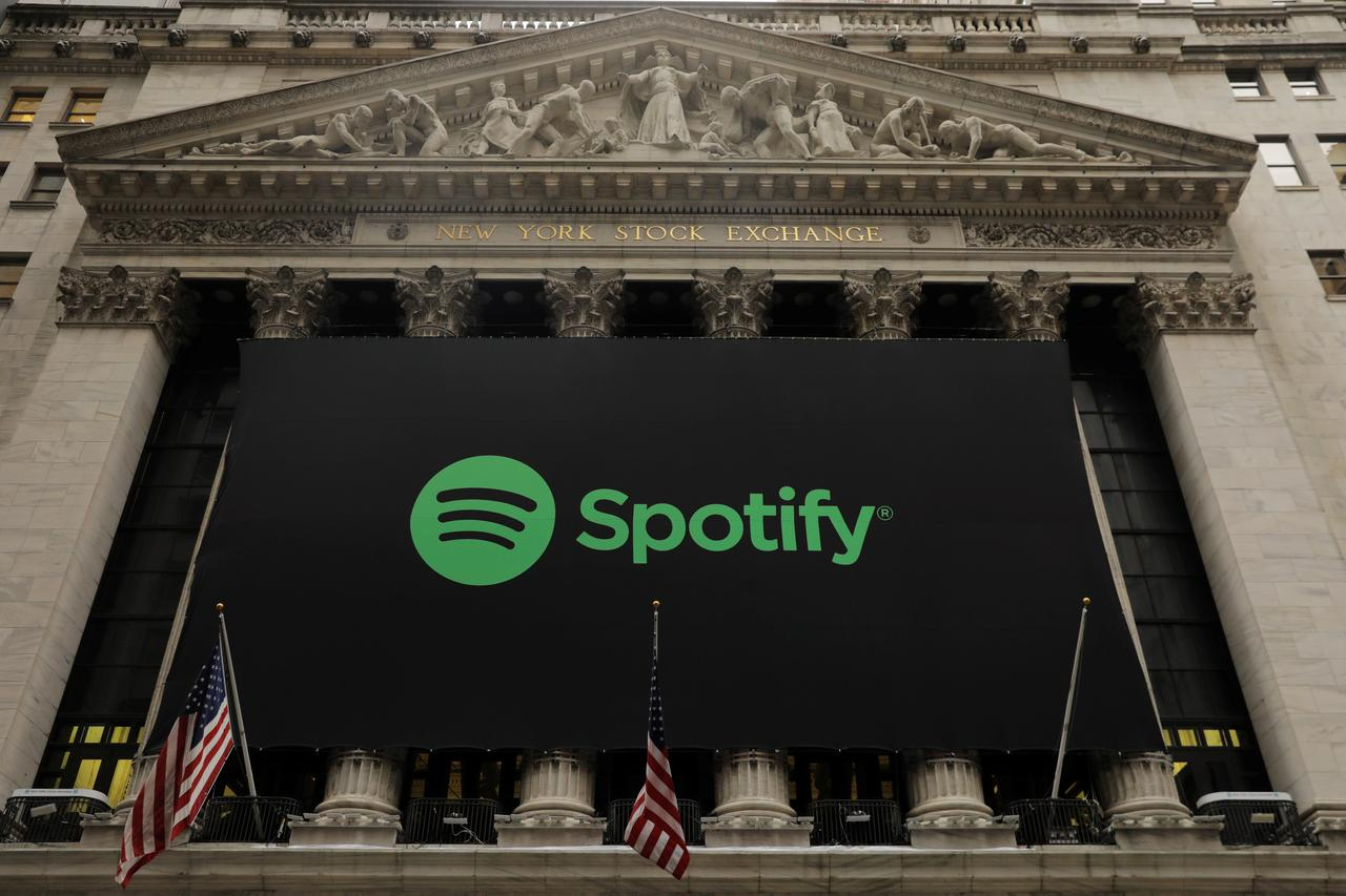 Silicon Valley Wall Street Taking Notes On Spotify Debut Reuters