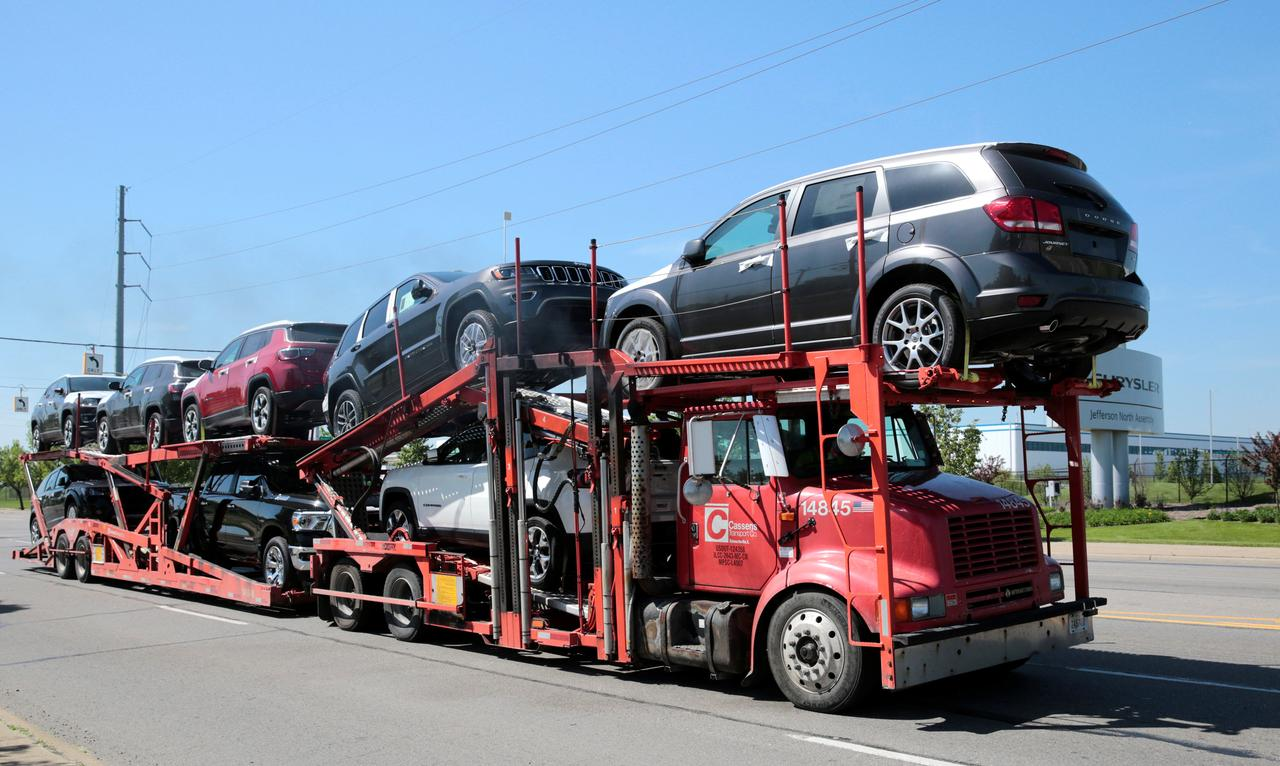 Fiat Chrysler recalls 5.3 million vehicles for cruise control defect ...