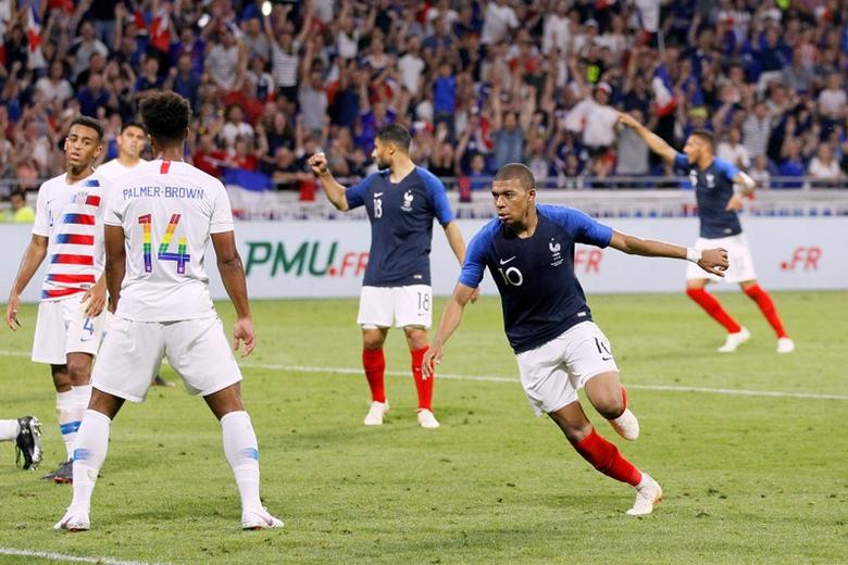 Soccer Mbappe On The Front Foot As France Draw With U S Reuters Com