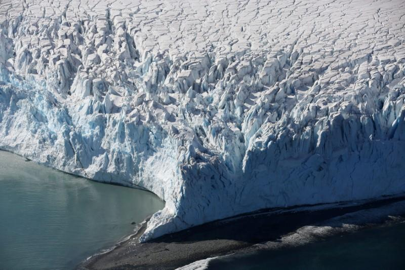 More than 20 nations seek lead in setting tougher climate goals   Reuters