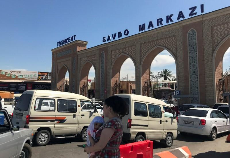 A general view shows Abu Sahiy, a wholesale market near Tashkent, Uzbekistan June 13, 2018. Picture taken June 13, 2018. Stringer