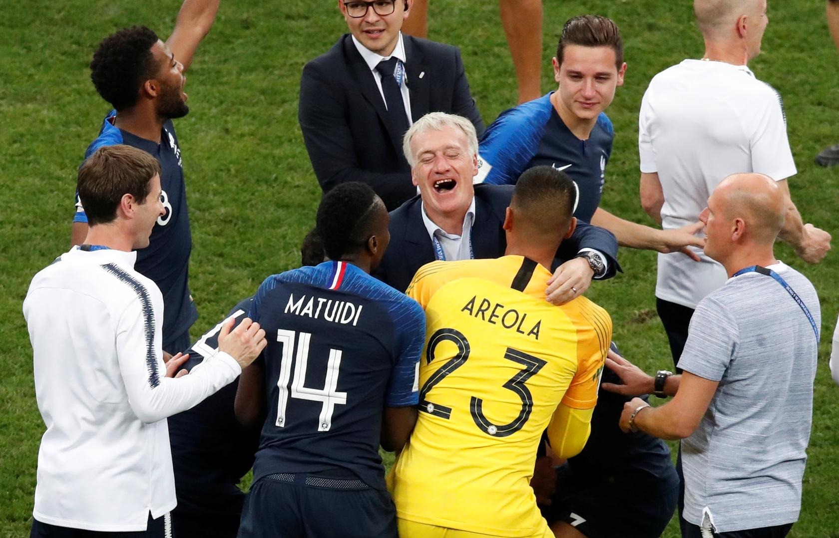 France Coach Players And President Macron React To World Cup Victory Reuters