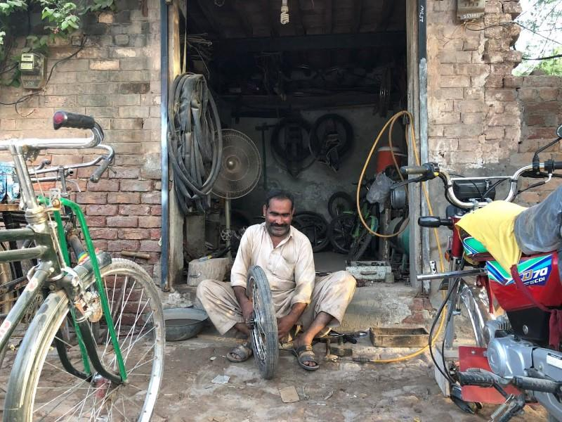 The town that doesn't vote: Pakistan's Ahmadis say forced to abstain