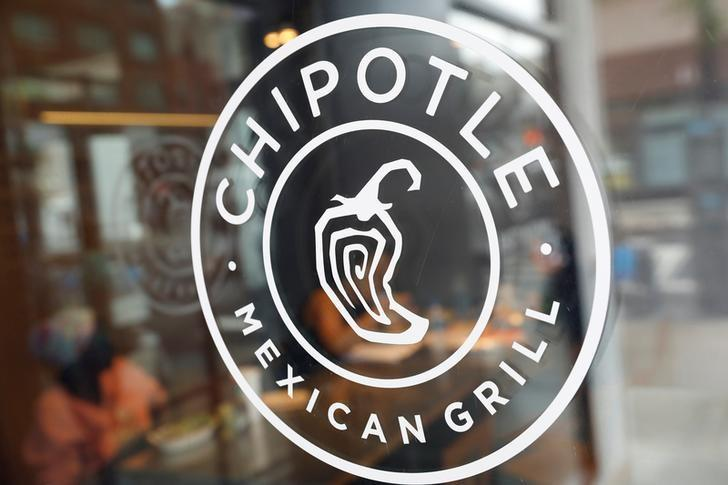 Chipotle launches delivery service with DoorDash - Reuters